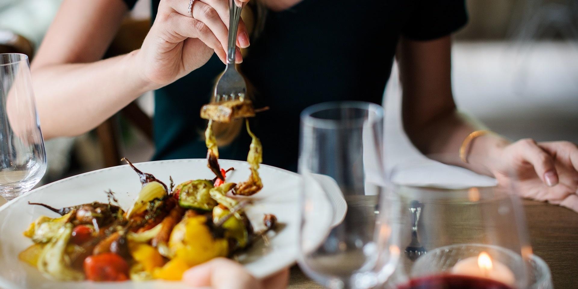 pregunta a prostata para que sirve el restaurante?