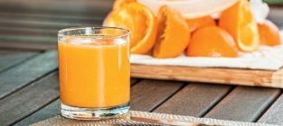 ¿Tiene más azúcar el zumo de una naranja que una naranja? No, pero su efecto en tu cuerpo es peor