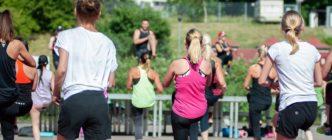 No, el ejercicio de alta intensidad no es perjudicial para las personas con problemas cardíacos (pero es imprescindible monitorizar y controlar sus pulsaciones durante la actividad)