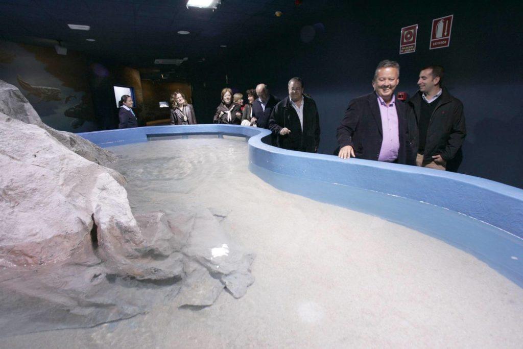 Inauguración del acuario de Almuñécar (Granada) sin peces