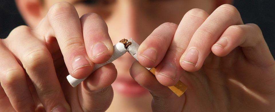 ¿Qué sabemos de los síntomas de dejar de fumar? Son temporales y tu salud te agradecerá que dejes el hábito