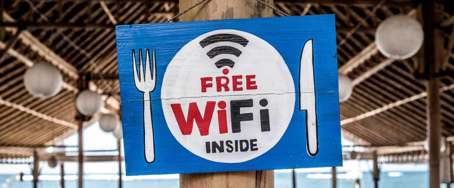 No, no hay evidencias de que ni los móviles ni el wifi produzcan cáncer